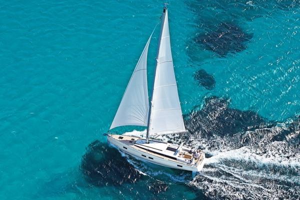 Beneteau Oceanis 55 vitorlás